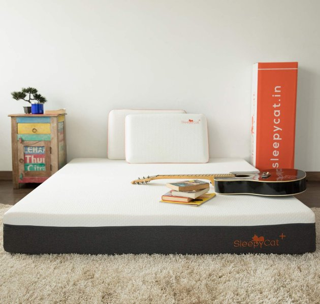 SleepyCat Plus Orthopedic Gel Memory Foam Mattress - Photograph